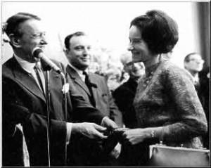 Thérèse Brenet receiving her definitive SACEM membership from Georges Auric